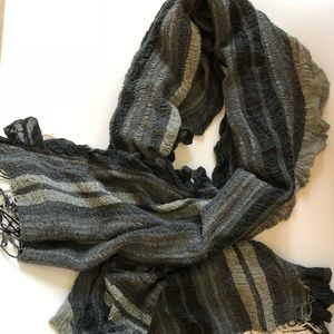 Accessories - Gray ombré knit wool large pashmina scarf, NEW